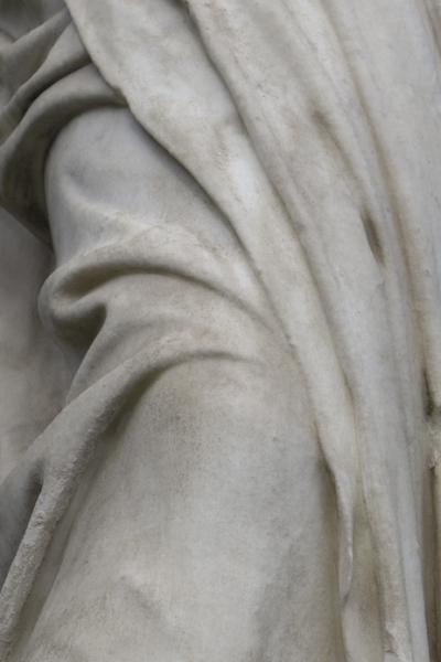 http://www.ananieto.com/files/gimgs/60_ananietocontrapposto010.jpg